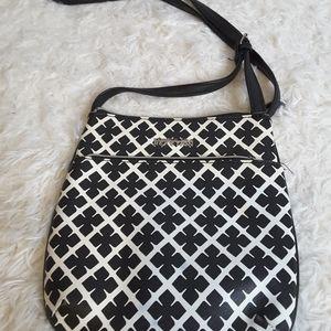 Kenneth Cole Reaction black white crossbody bag